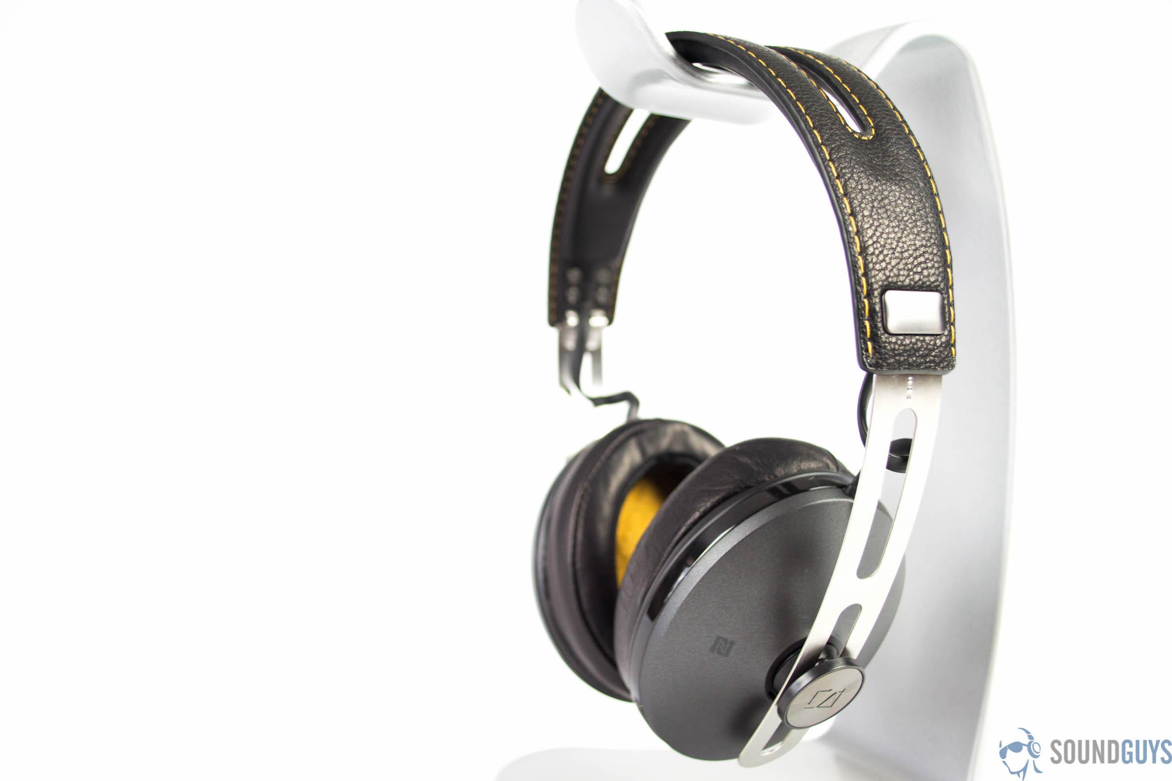 Sennheiser MOMENTUM Wireless Review 30a066c3f28f