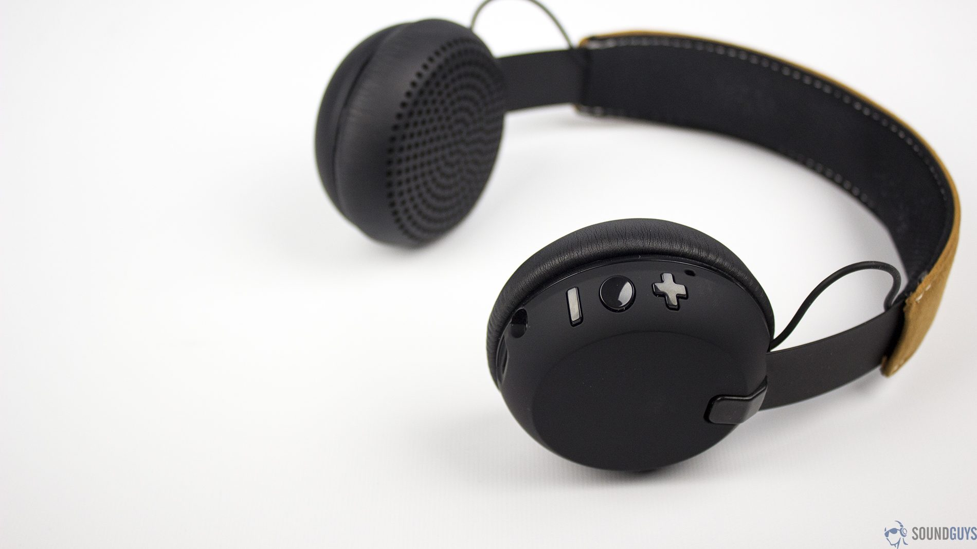 Best Headphones Under 50 Save Money Without Sacrificing Quality
