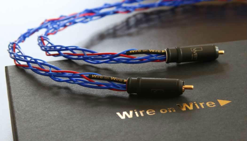 debunking myths about audio cables soundguys. Black Bedroom Furniture Sets. Home Design Ideas