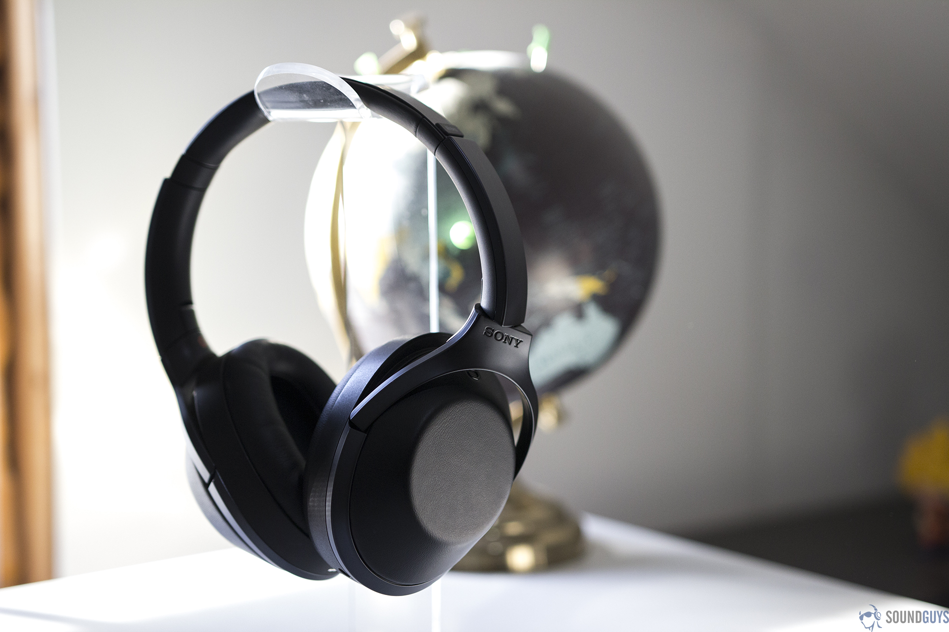 Sony Mdr 1000x Review Soundguys Headphone Last Years Winner The Can Be Found At A Steep Discountand Its Still Great