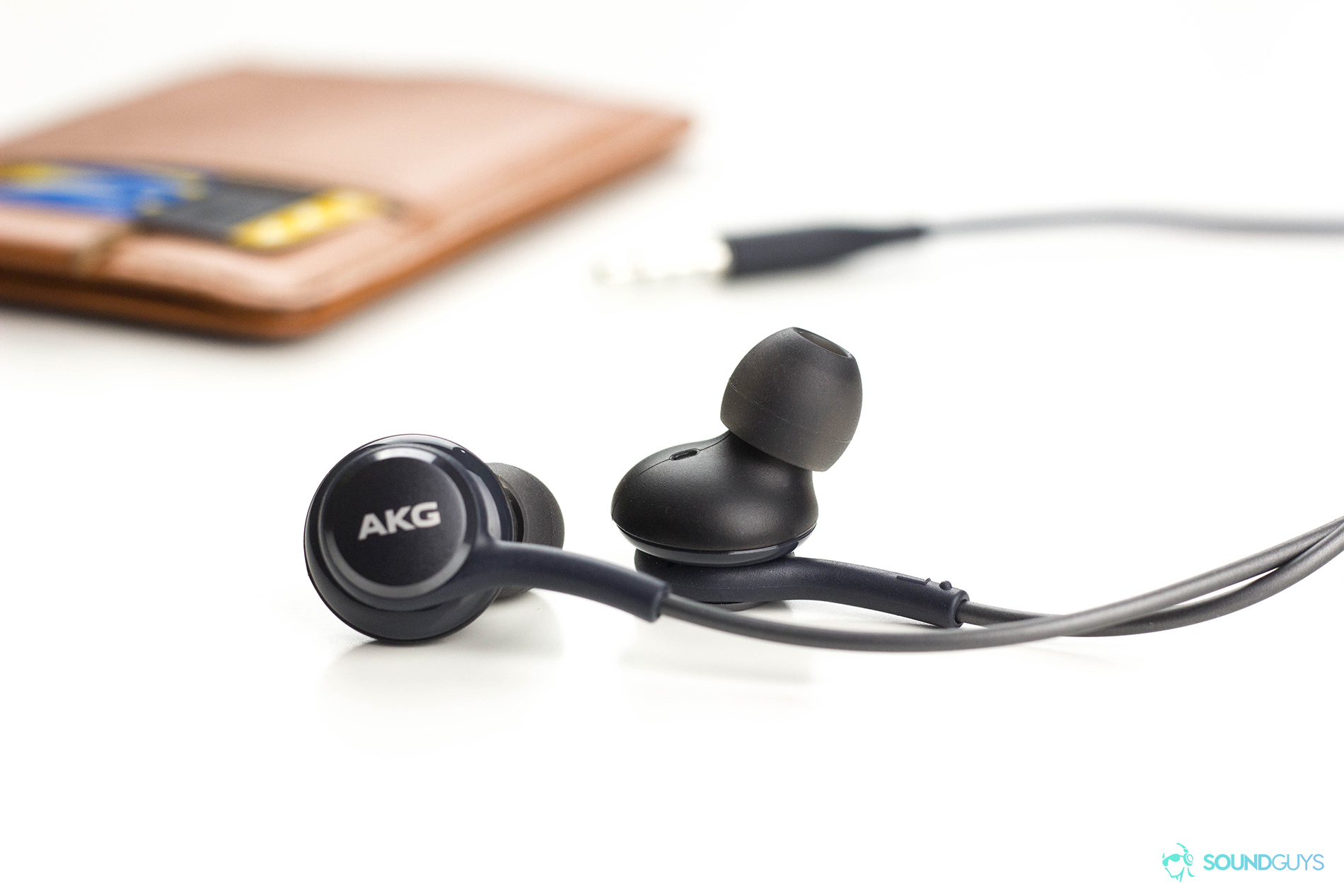 These Akg Earbuds Come Free With The Samsung Galaxy S8 Soundguys