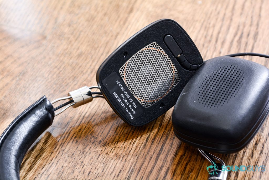 Bowers and Wilkins P5 Wireless: The headphones with one of the earpads removed to show the grill that covers the 40mm drivers.