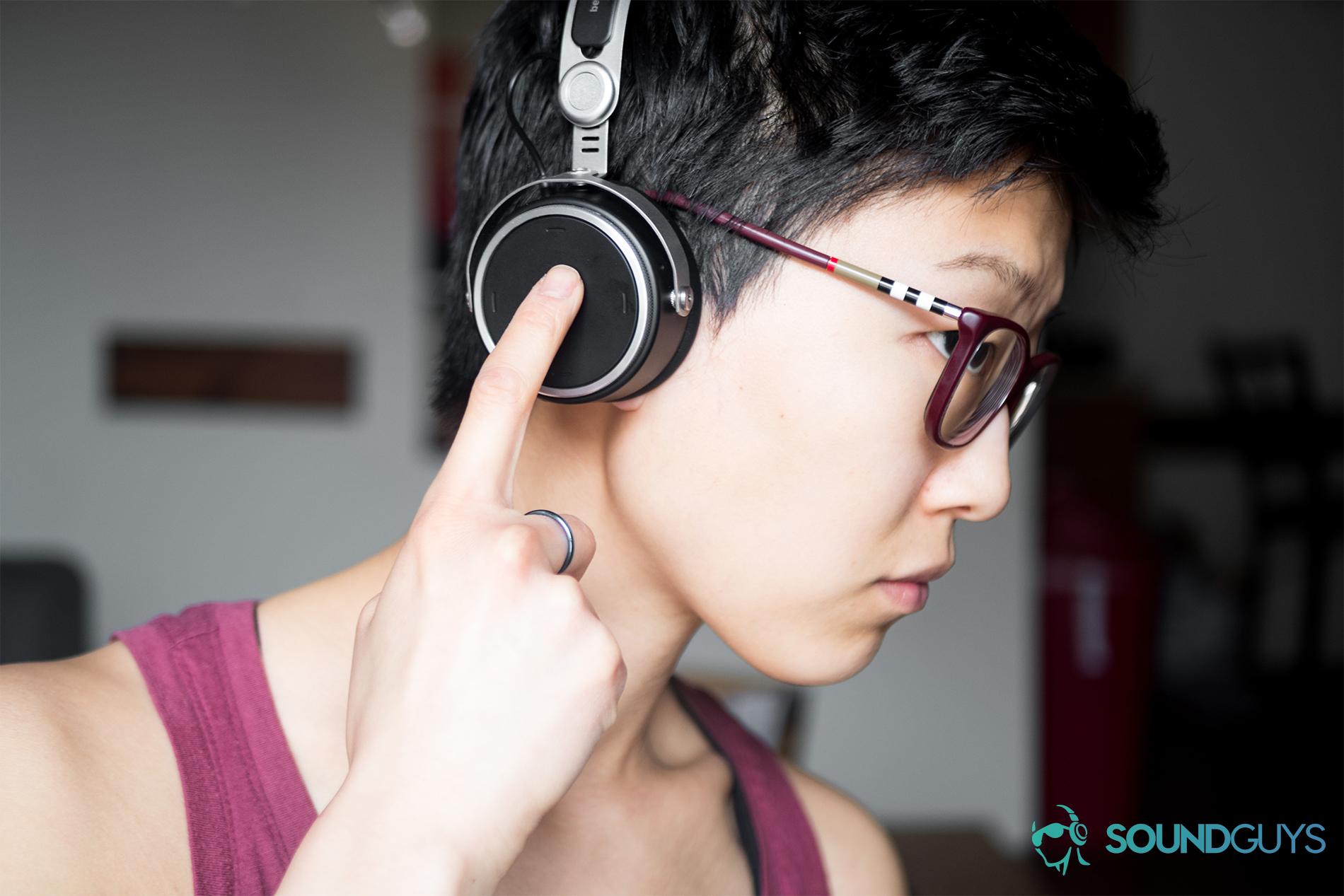 856bf8e375b Beyerdynamic Aventho Wireless headphones Bluetooth aptX HD portable On-Ear