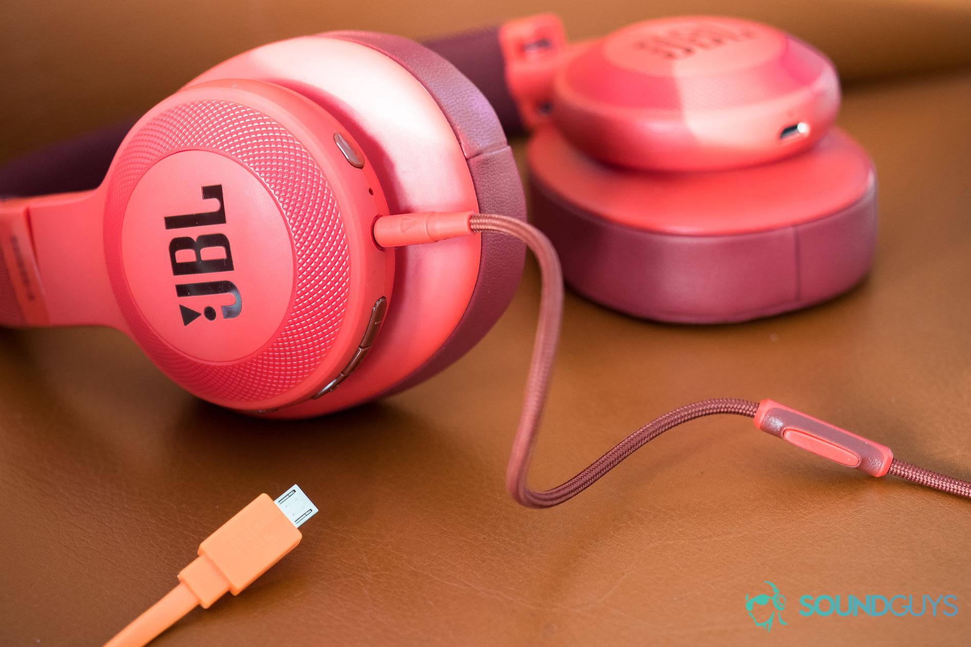 JBL E55BT review: Wide soundstage with some lag