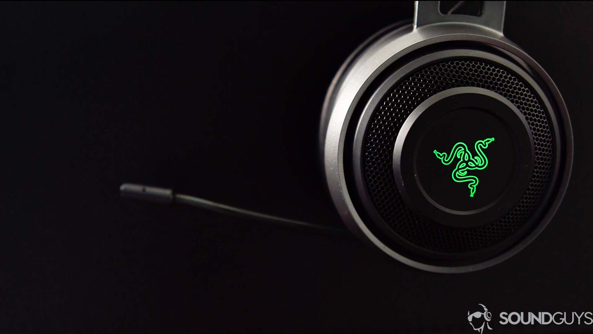 Razer Nari Ultimate review: A sub on your ears - SoundGuys