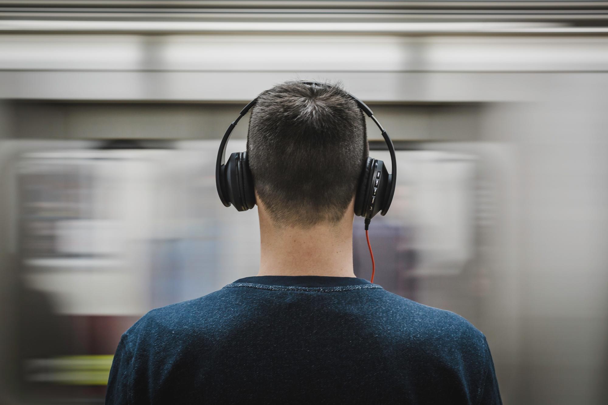Best noise cancelling headphones under $100 - SoundGuys