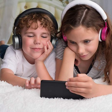 Best Kids Headphones Of 2019 Listen Up And Turn Volume Down