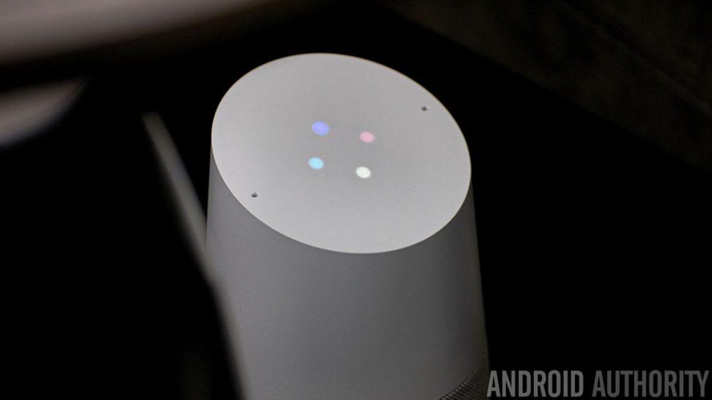 Google Home lighting on top panel.