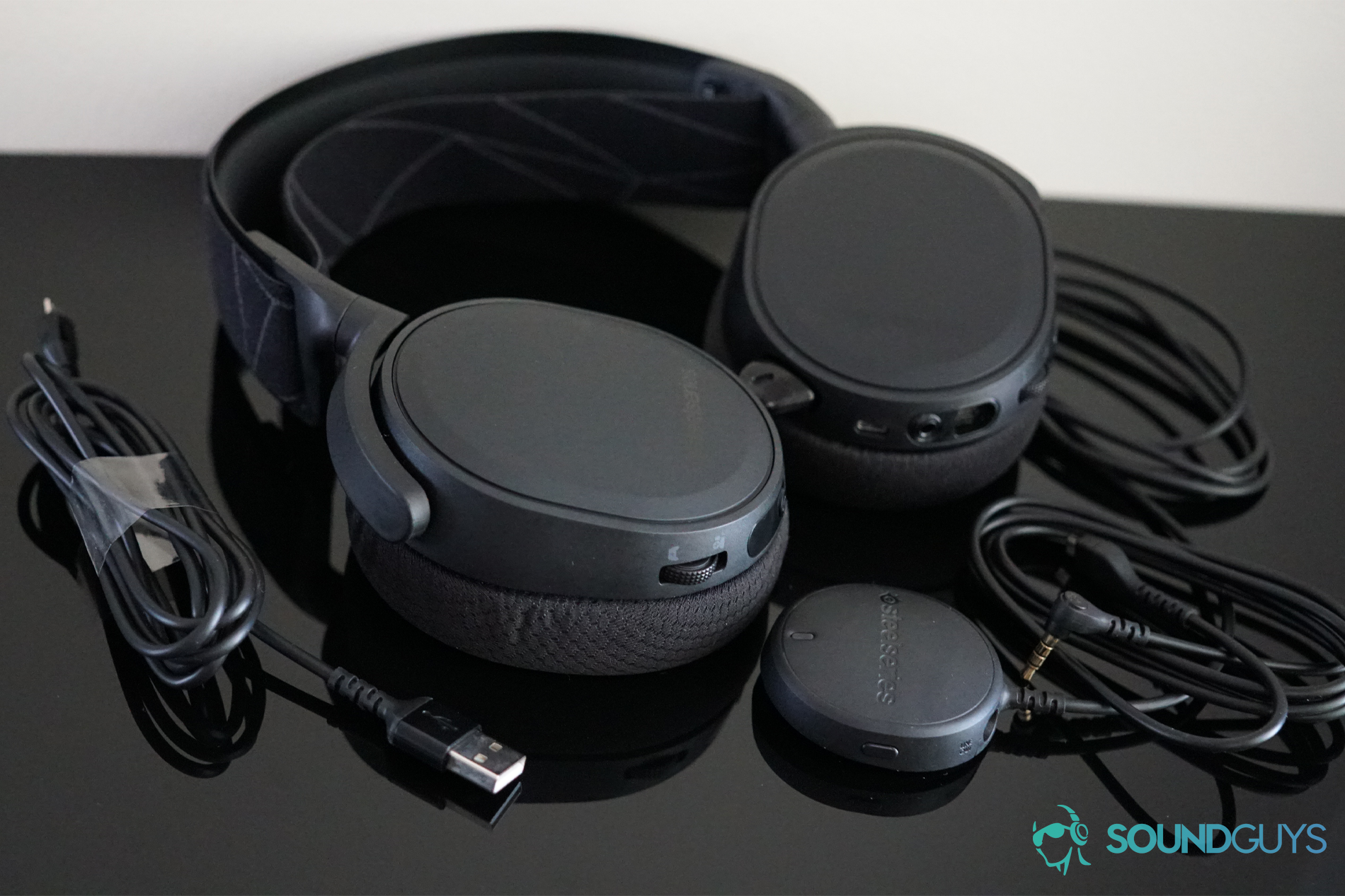 SteelSeries Arctis 7 (2019) Review: Wireless gaming on a budget