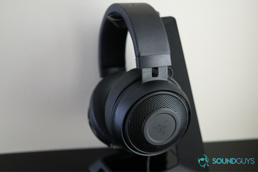 A photo of the Razer kraken Pro V2 from the side, sitting on a stand.