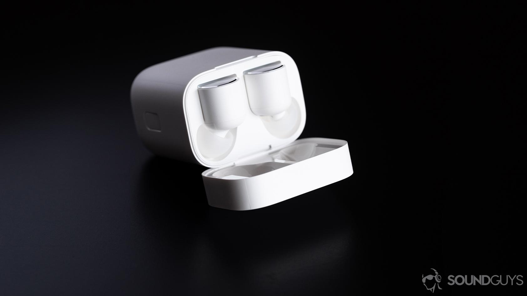 Xiaomi Mi True Wireless Review Familiar Design Low Price