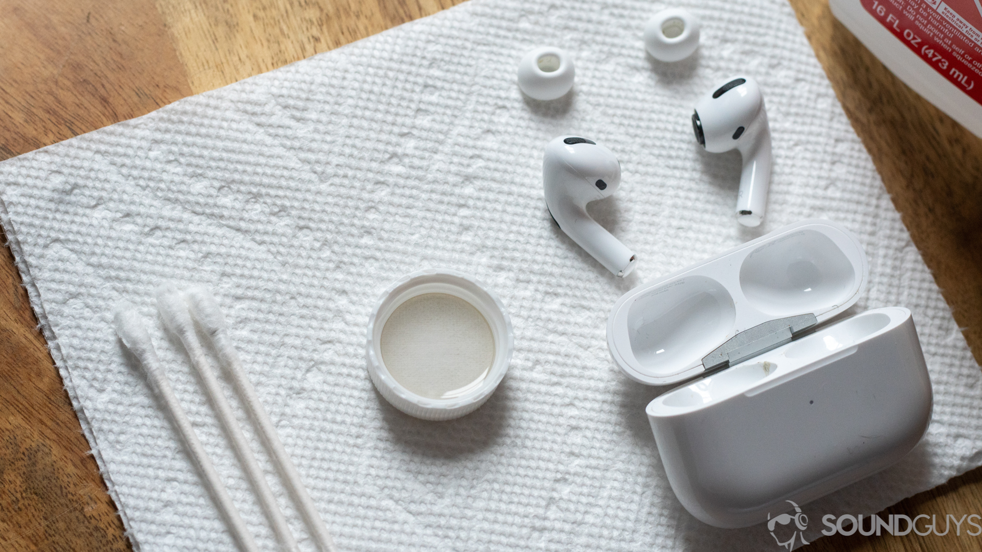 How to clean your AirPods Pro - SoundGuys