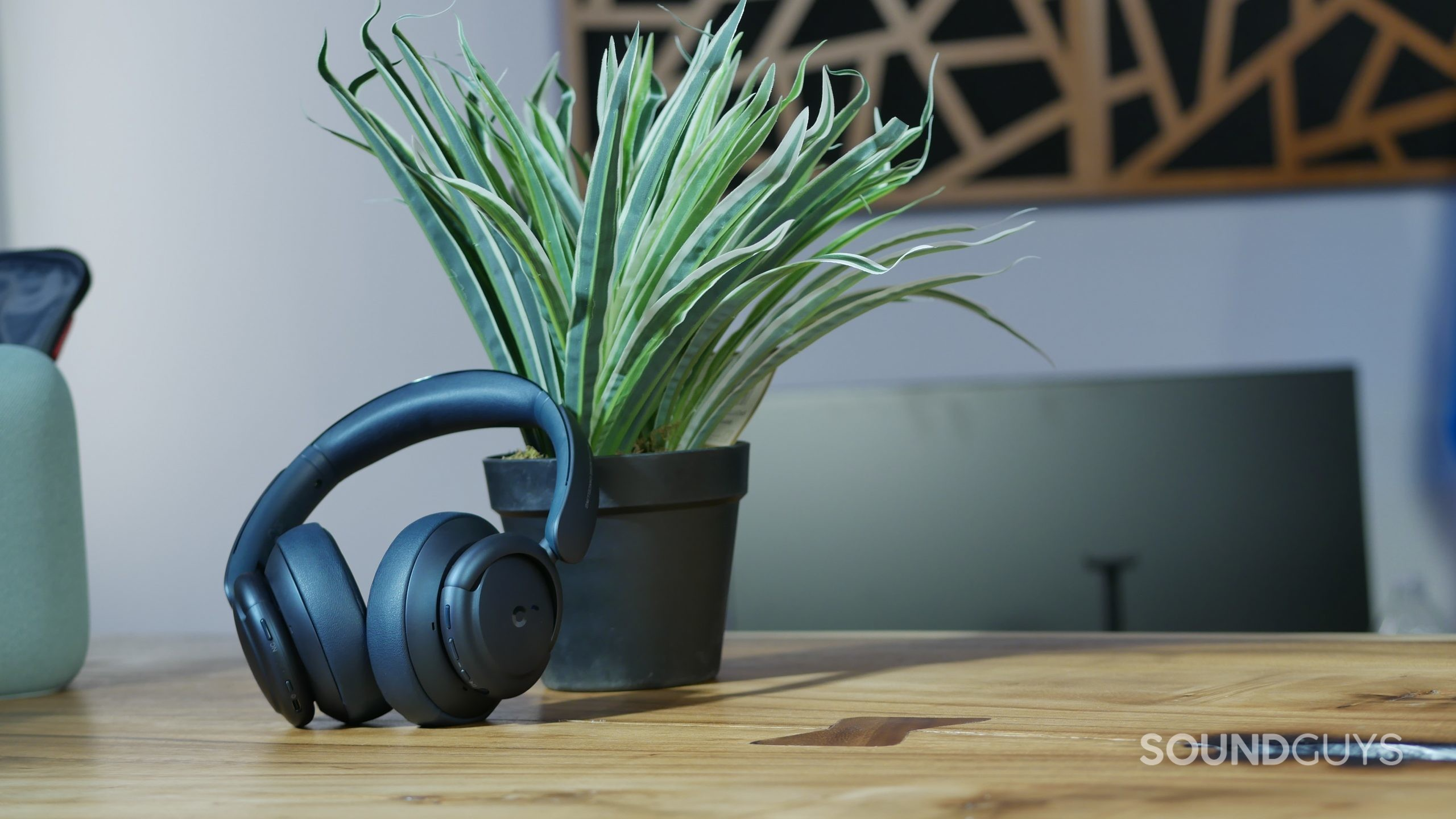 Anker Soundcore Life Q35 on desk